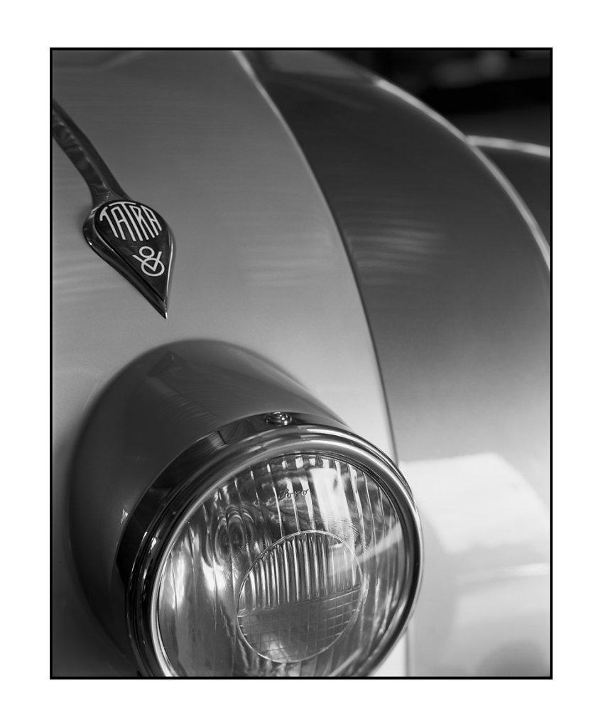 Tatra-87-01.jpg
