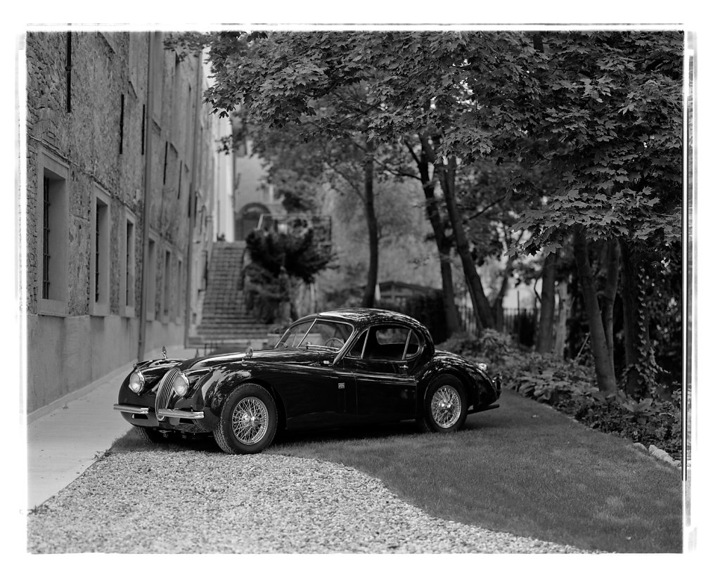 Jaguar-XK120-02.jpg