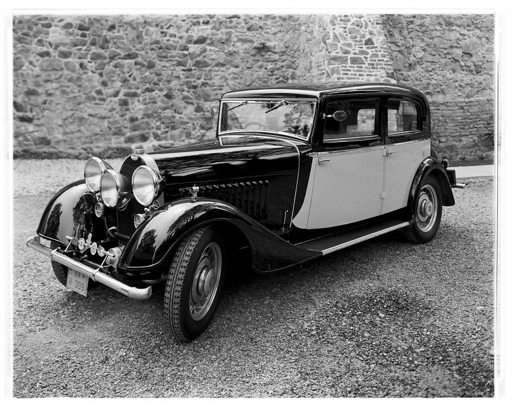 Bugatti-T49-02.jpg